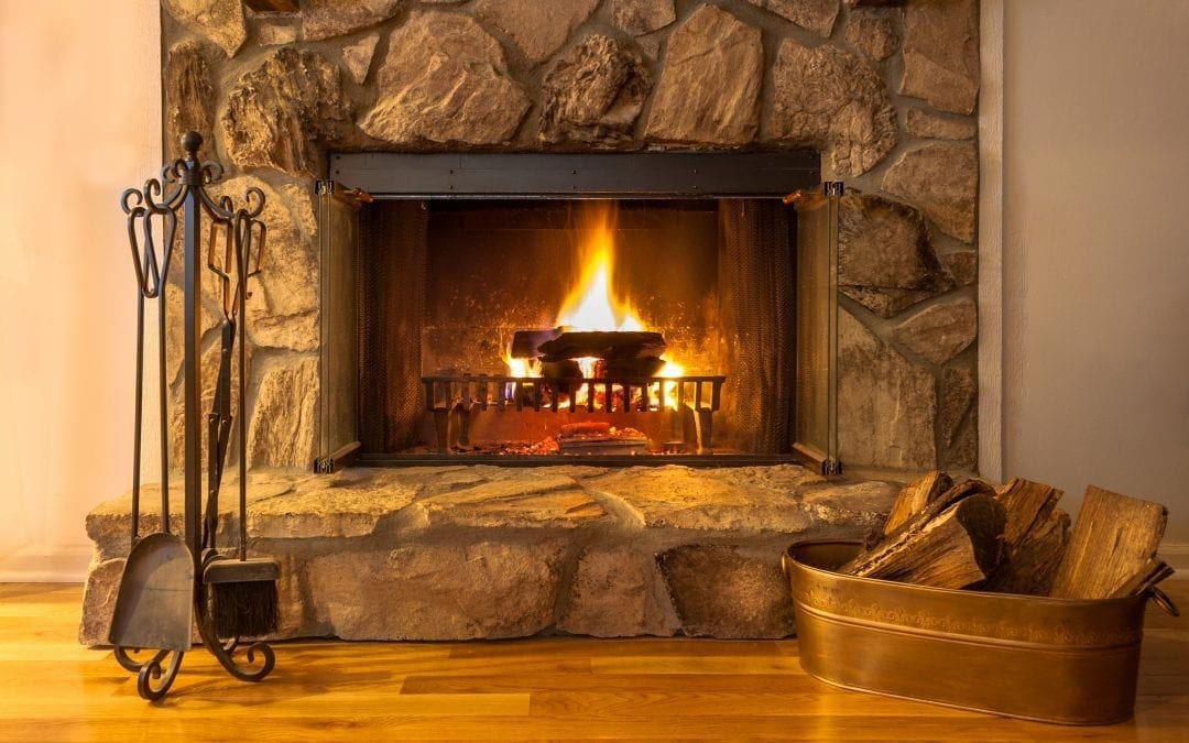 3 Things We Love About Wood Fireplaces (And 3 Things We Don't)